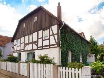 Fachwerk hat seinen eigenen Reiz!, 31860 Emmerthal, Einfamilienhaus