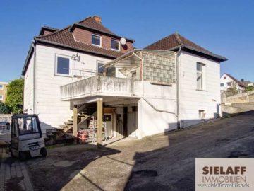 300 m² Wohnfläche + 300 m² Gewerbefläche: für Renovierungsprofis zum Grundstückspreis!, 31785 Hameln, Mehrfamilienhaus