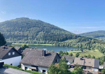 Winterberg/Niedersfeld: Hier ist Ihr Urlaubsdomizil – jetzt fehlen nur noch Sie!, 59955 Winterberg / Niedersfeld, Dachgeschosswohnung